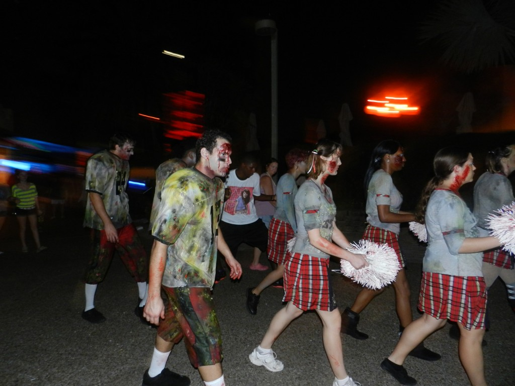Howl-O-Scream Busch Gardens Tampa Bay. Zombie cheerleaders.