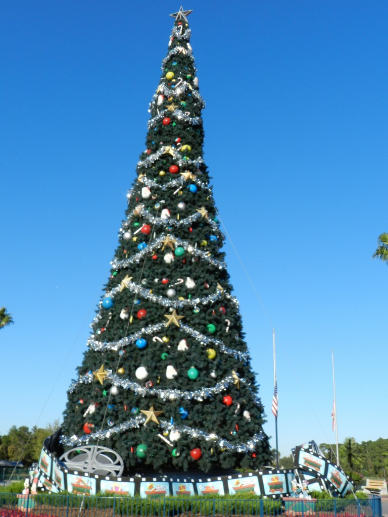 Hollywood Studios Christmas Tree in Front Entrance