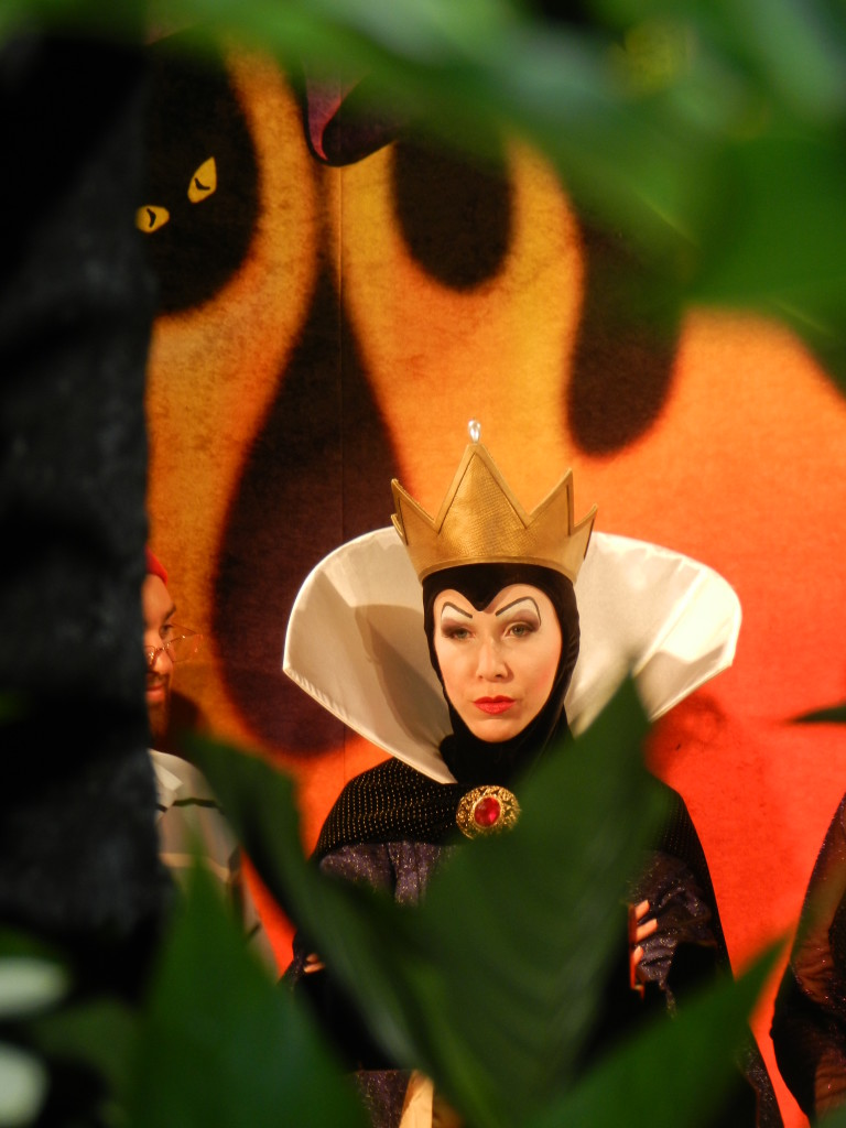 The Evil Queen ready to take her next victim.