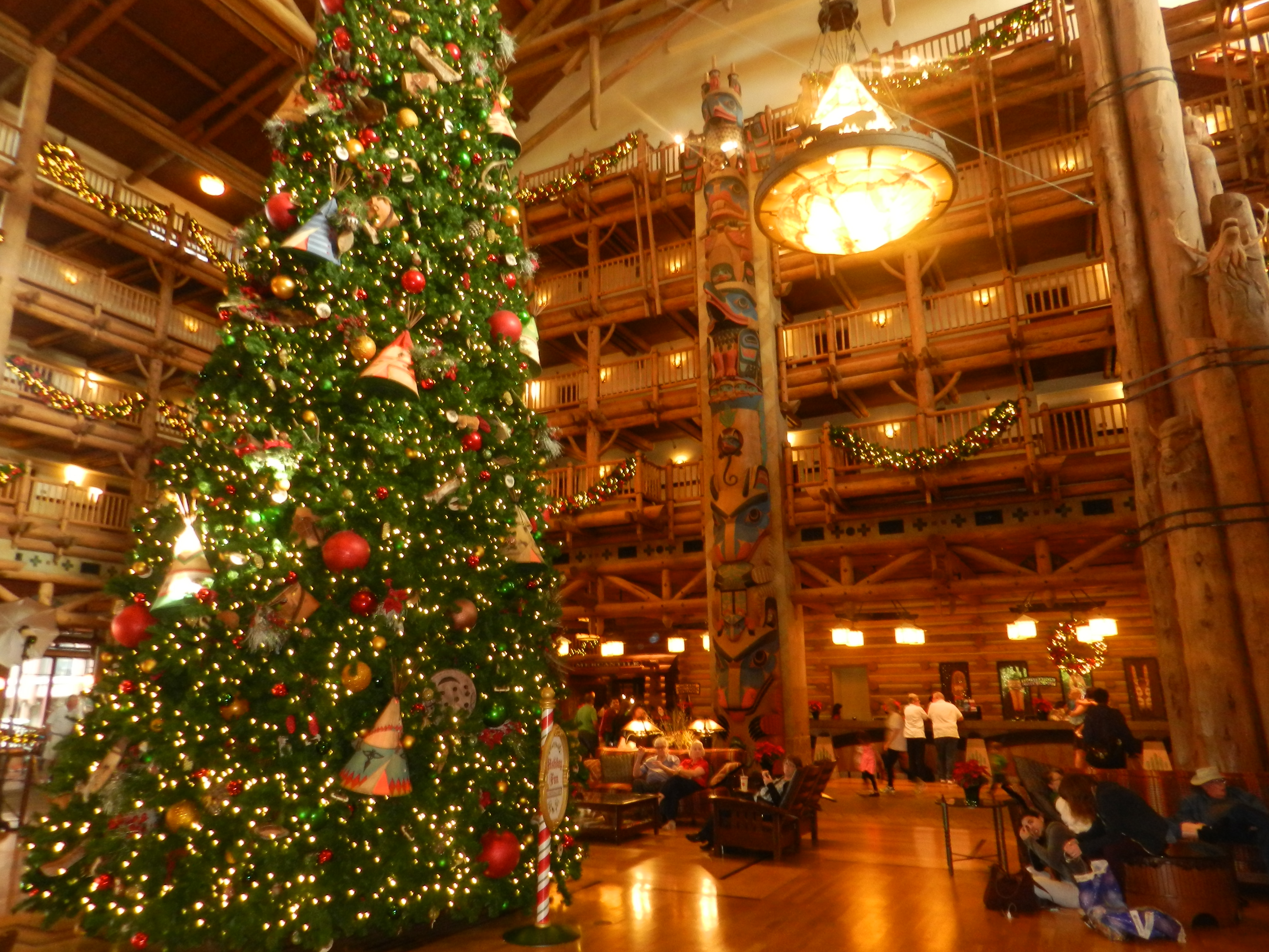 christmas at ft wilderness lodge - Disney World Christmas Decorations 2017