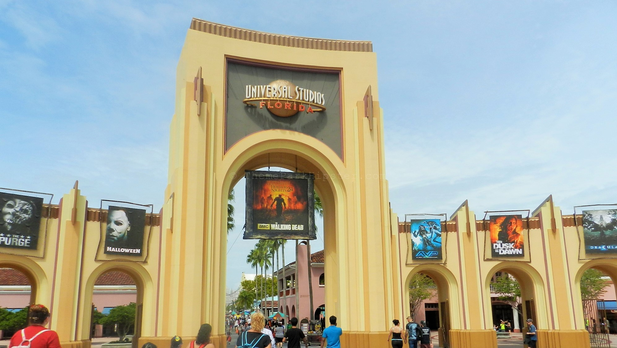 Halloween Horror Nights Tips 2014!
