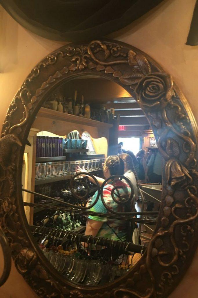 Mystery Mirror in Memento Mori