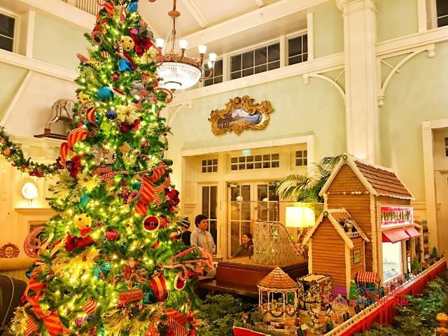Boardwalk Inn Disney Gingerbread House Display with Majestic Christmas Tree