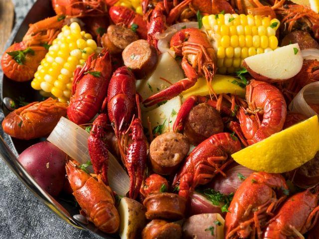 New Orleans Mardi Gras Bayou Boil
