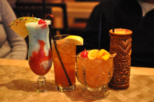 Seaside Adventure drinks from Trader Sam's at Disneyland Resort Photo: KurtEdwardLarson.com