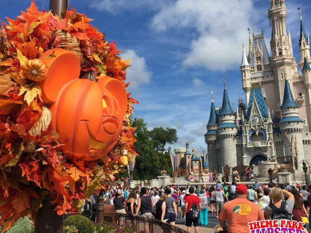 Halloween In Disney Florida.13 Things We Love About Fall At The Florida Theme Parks