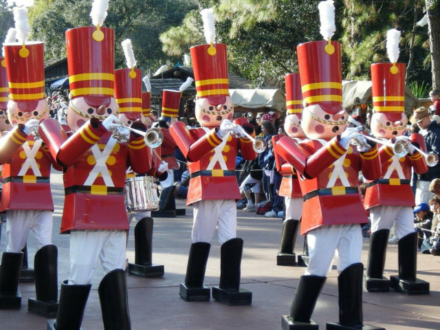 Christmas at Walt Disney World toy soldiers on main street usa disney