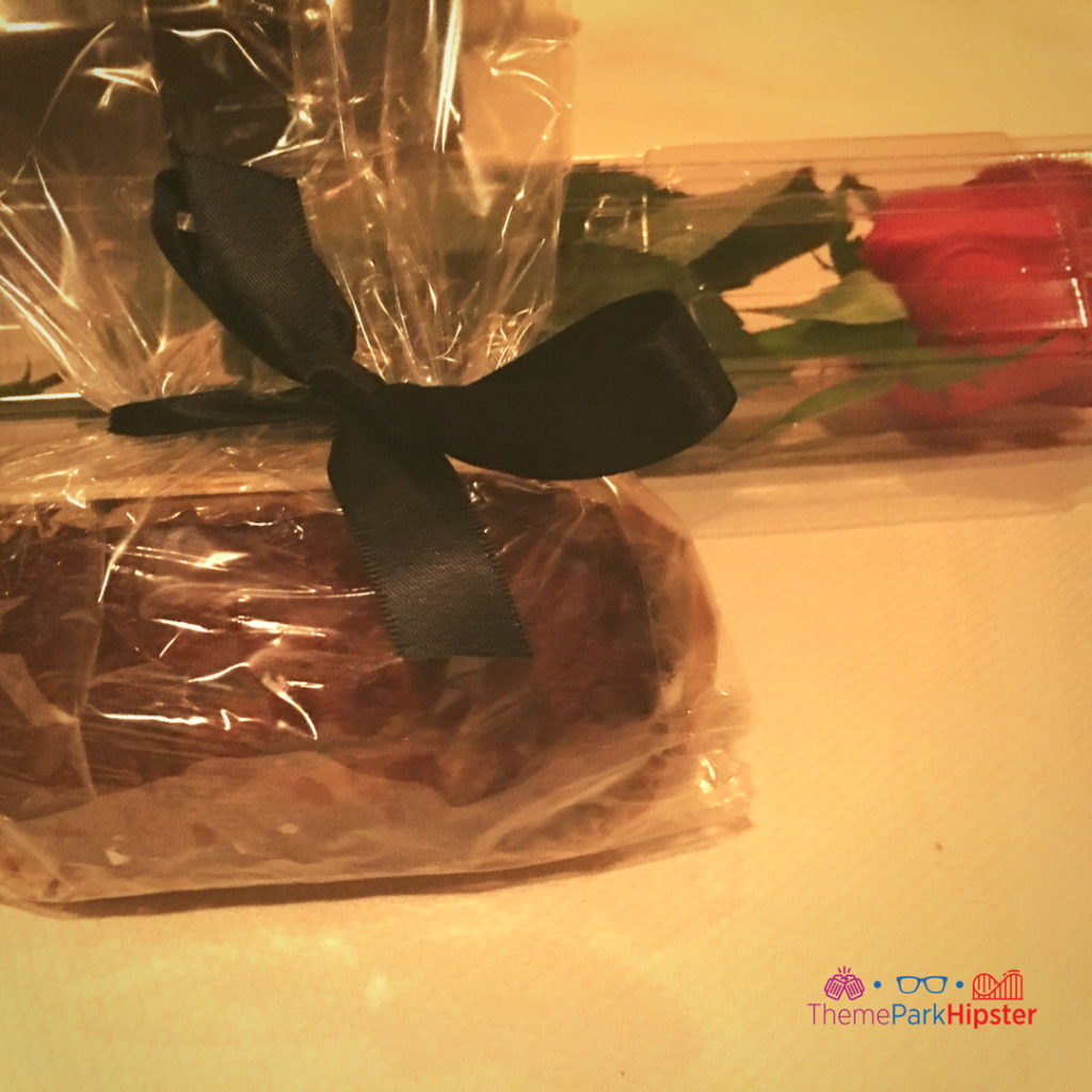 Bread and rose to go Disney