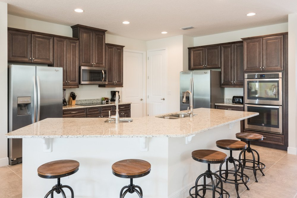 Encore at Reunion Resort Orlando Vacation Home fully-equipped kitchen with gated resort.