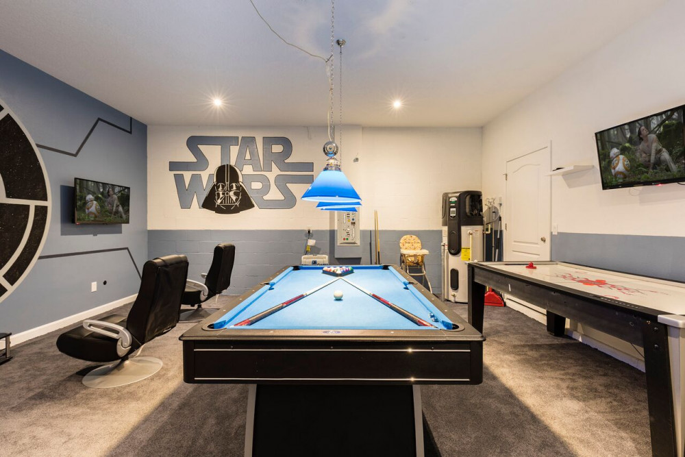 Champions Gate Orlando Vacation Home Resort. Star Wars themed room.