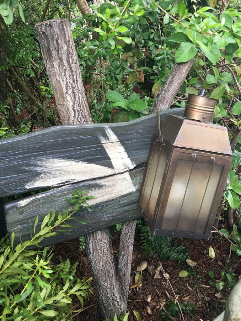 Hagrid Magical Creatures Motorbike Adventure Wooden Signs in the queue