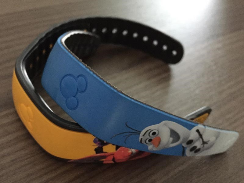 MagicBand Skins Kids size (Olaf) vs. Adult size (Baymax)