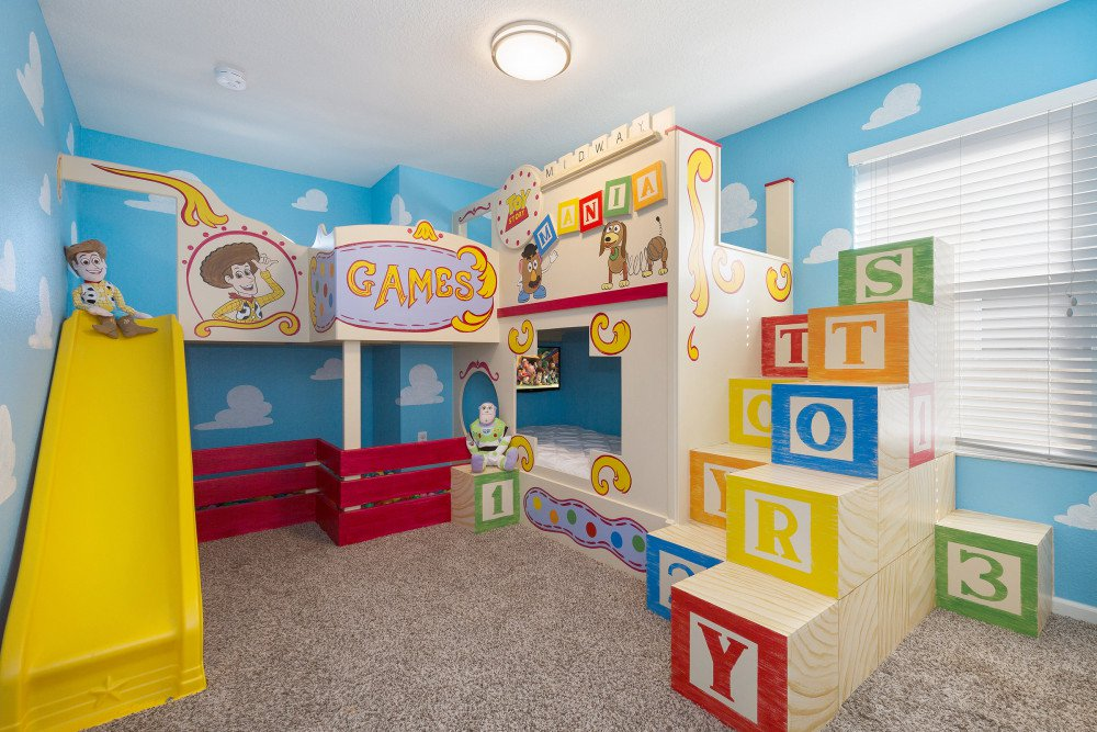 Windsor Hills Resort Vacation Home near Walt Disney World. Toy Story themed room. Orlando family resorts with water slides..