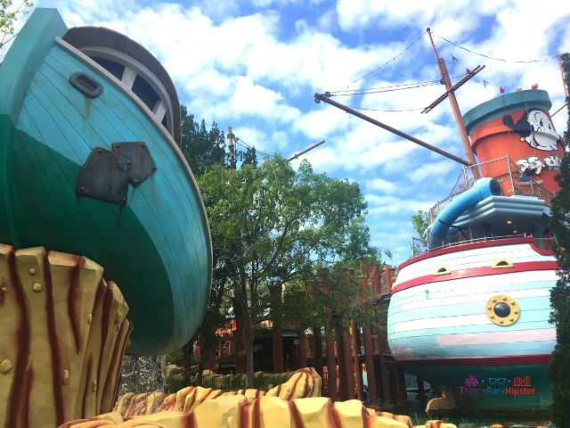 Islands of Adventure Tips Popeye Red and White Ship and Olive