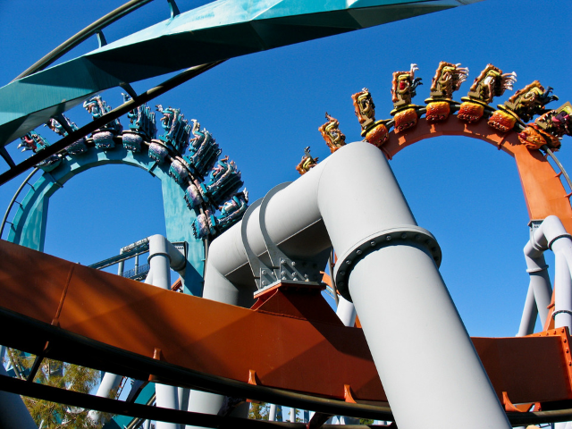 Dueling Dragons Dragon Challenge Roller Coaster with Red and Blue color