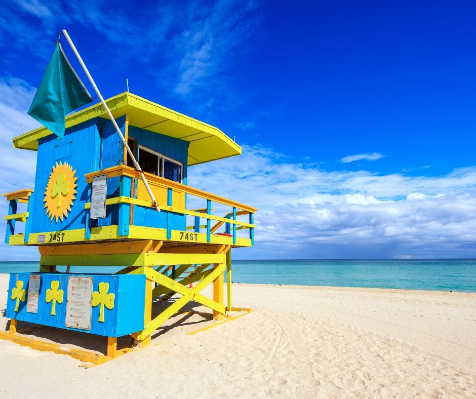 How to Survive the Florida Heat in the Summer with beautiful Beach Line