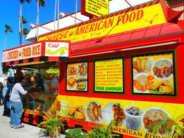 Florida State Fair Food Chinese American Kiosk with Chicken Fried Rice Display