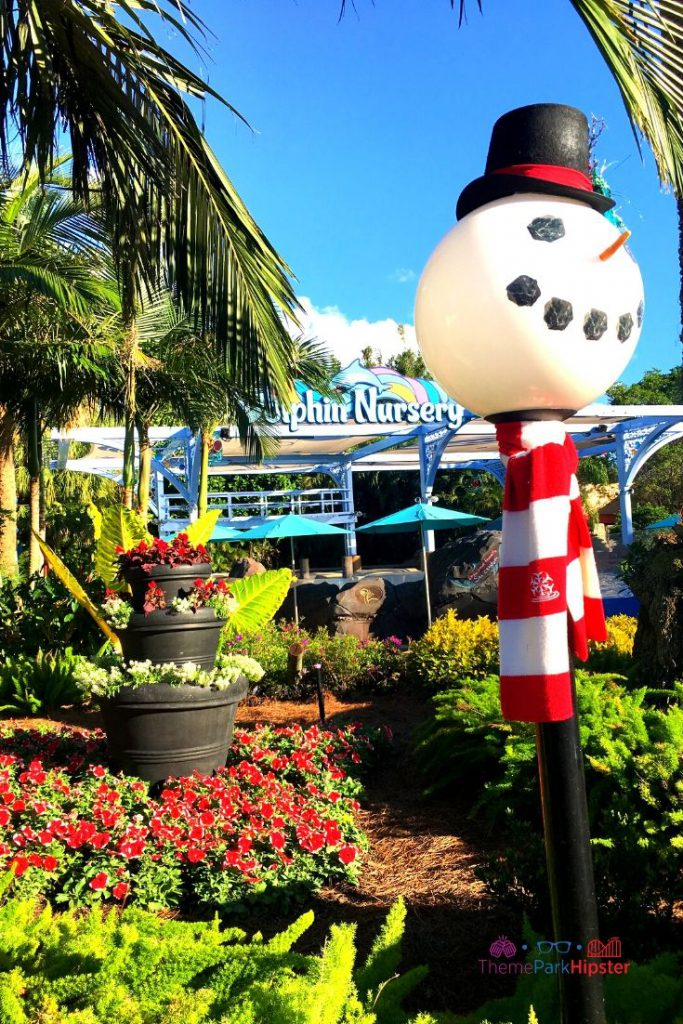 SeaWorld Christmas Celebration with Snowman Light Fixture