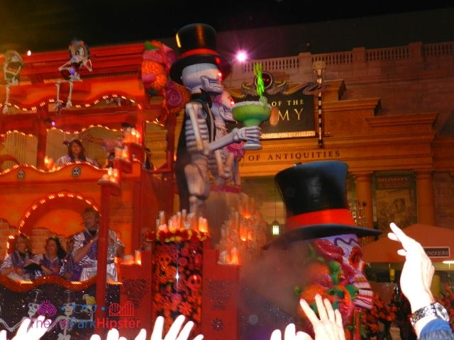 Mardi Gras Parade at Universal Studios Day of Dead Skeleton