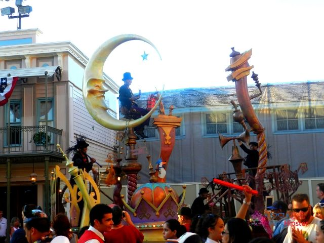 Disneyland Mary Poppins and Bert in Parade