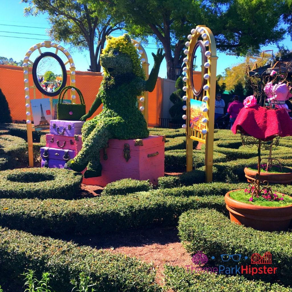 Epcot Flower and Garden Festival Miss Piggy Topiary