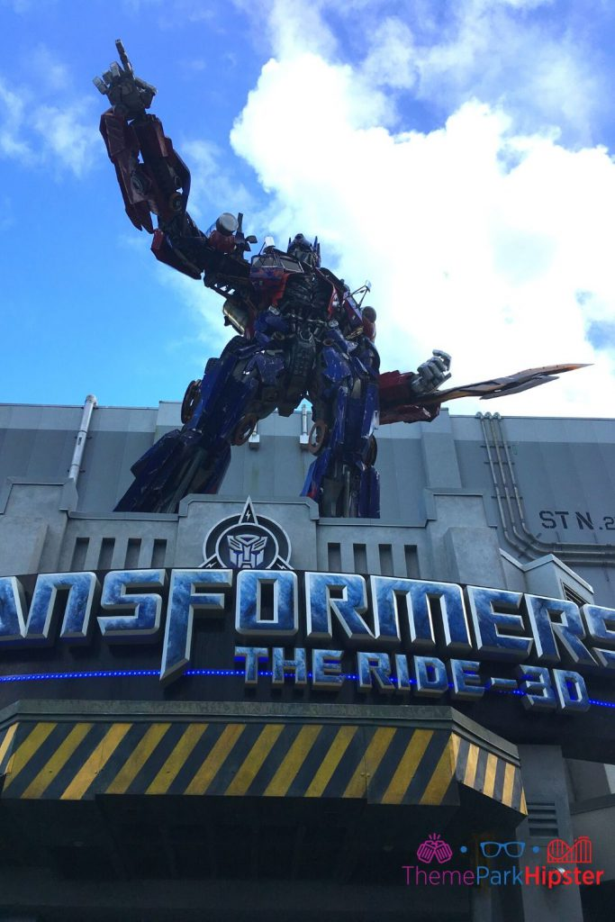 The Ride 3D at Universal Studios Orlando with Optimus Prime Pointing to the Sky.