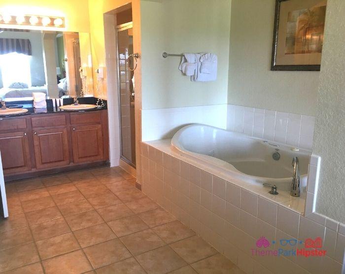 Lake Buena Vista Resort Village and Spa Bathroom