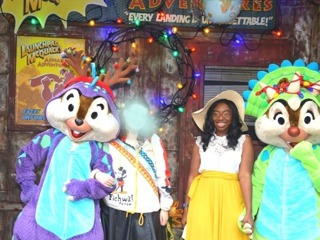 Dinoland Chip and Dale Meet and Greet Animal Kingdom with Victoria Wade