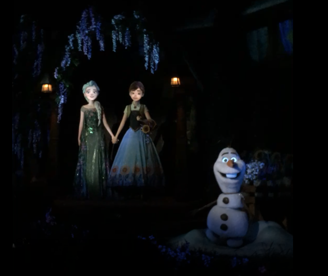 Frozen Ever After Ride at Epcot with Ana and Elsa in their summer attire