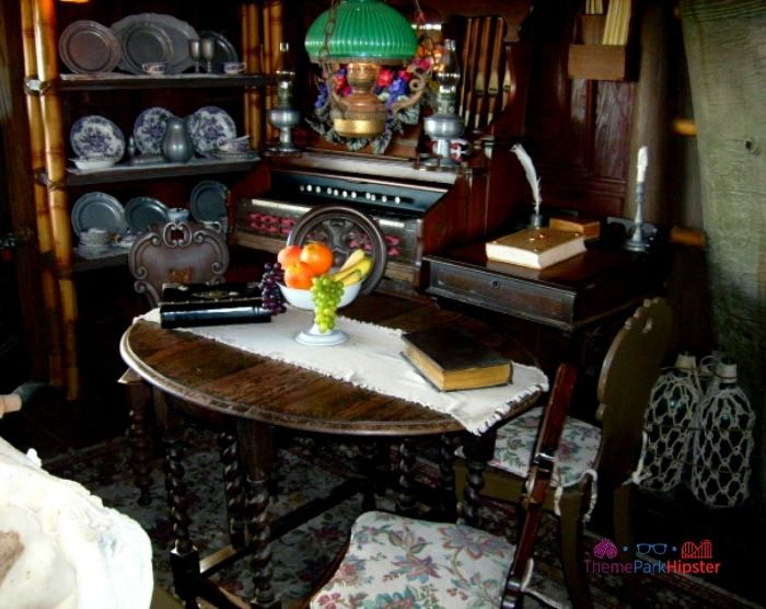 Swiss Robinson Family Treehouse dining room