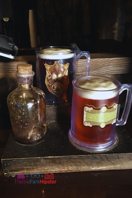 Butterbeer at the Hogshead in Wizarding World of Harry Potter