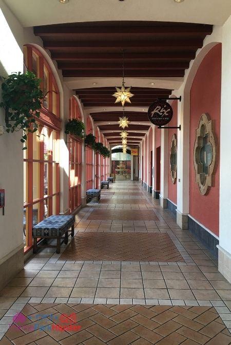 Coronado Springs Courtyard