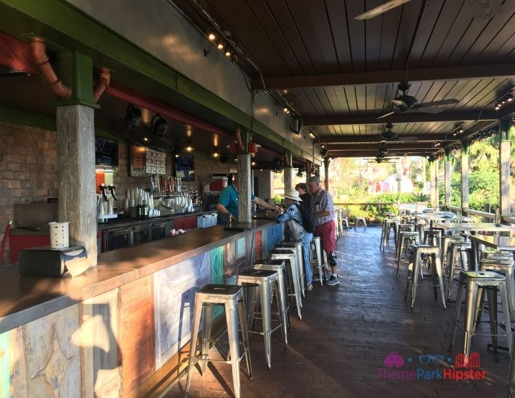 SeaWorld Orlando Bar Area