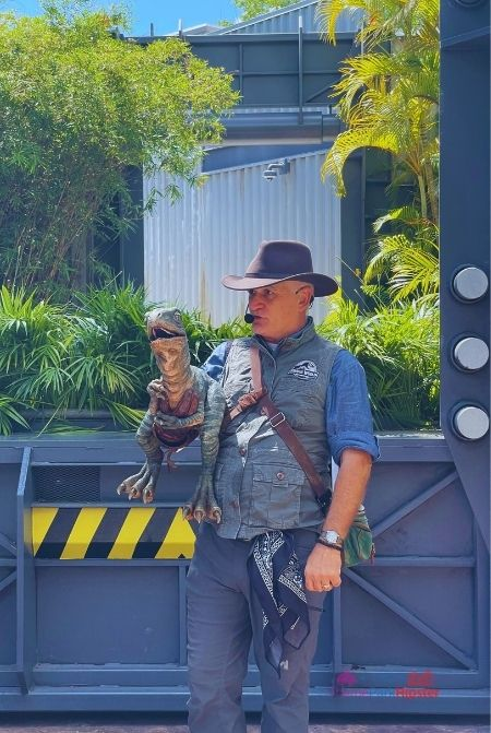 Raptor Encounter with trainer and baby velociraptor at Universal Jurassic World