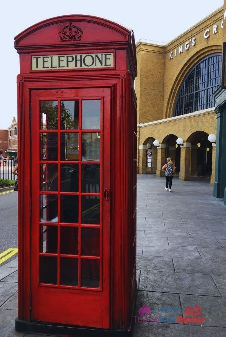 Red Telephone Booth Wizarding World of Harry Potter Diagon Alley