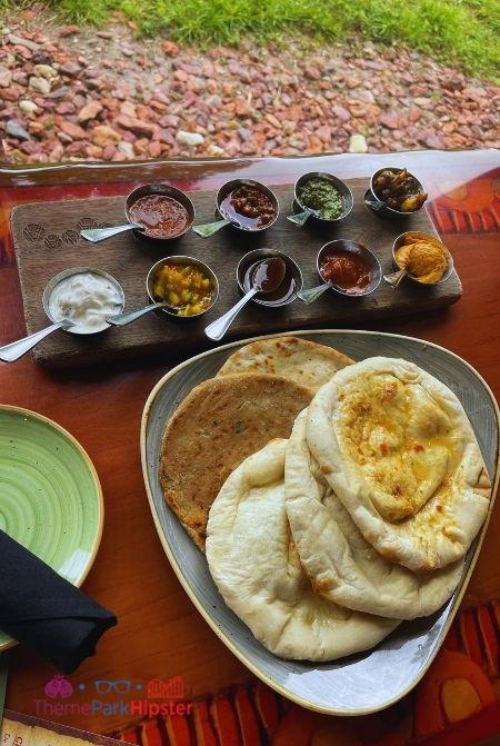 Animal Kingdom Lodge Restaurants  Sanaa Indian Bread Service