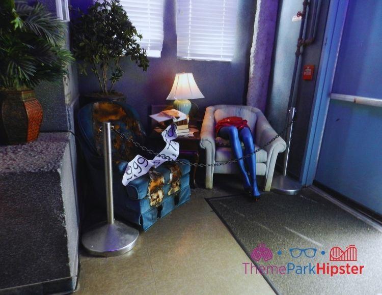 Halloween Horror Nights Beetlejuice Store with Lady Legs Scene